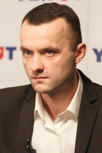 Елисеев-лево